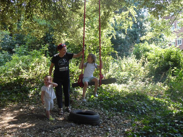 Free family woodland activity West Norwood Lambeth London-15